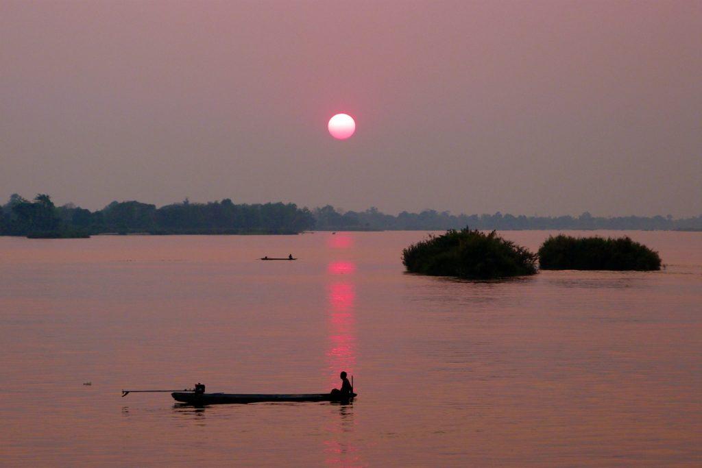 Coucher de soleil Mékong 4000 iles laos blog 6