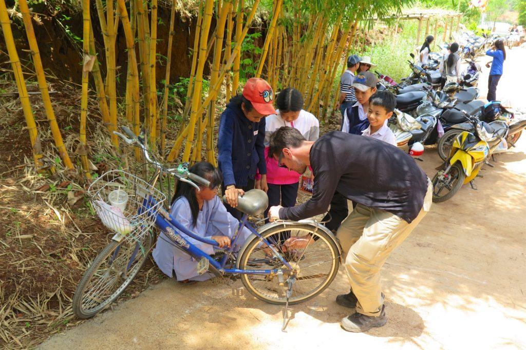 Reparation velo Dalat Vietnam blog voyage 2016 8