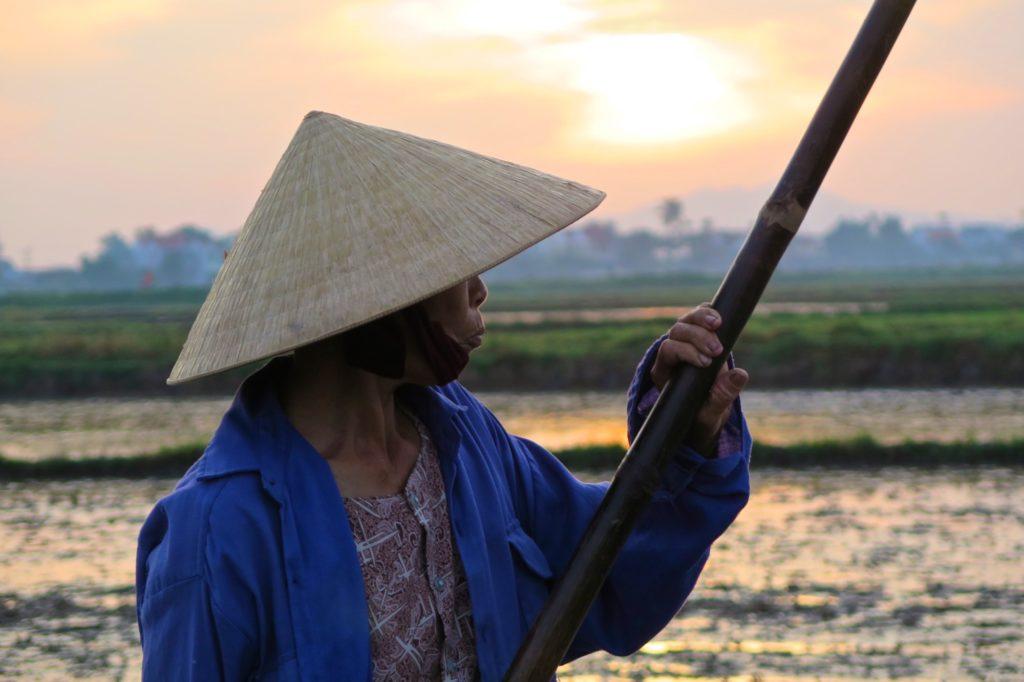 Femme rizieres Hoi An Vietnam blog voyage 2016 33