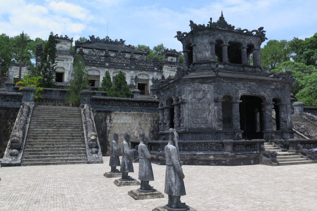 Mausolée Khai Dinh Hue Vietnam blog voyage 2016 13