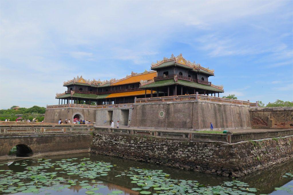 Entrée cité impériale Hue Vietnam blog voyage 2016 21