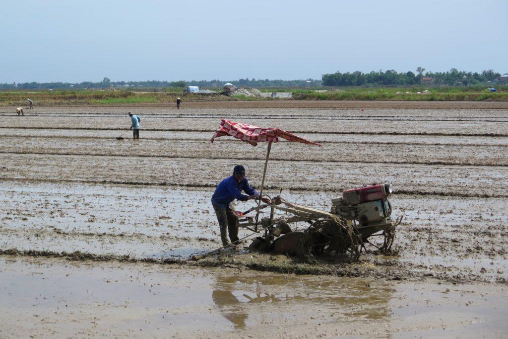 Tracteur boue Hue Vietnam blog voyage 2016 8