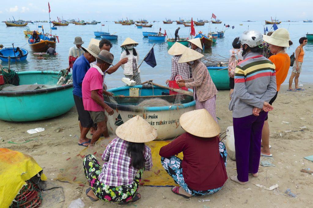 Negociation debarquement Mui Ne Vietnam blog voyage 2016 15