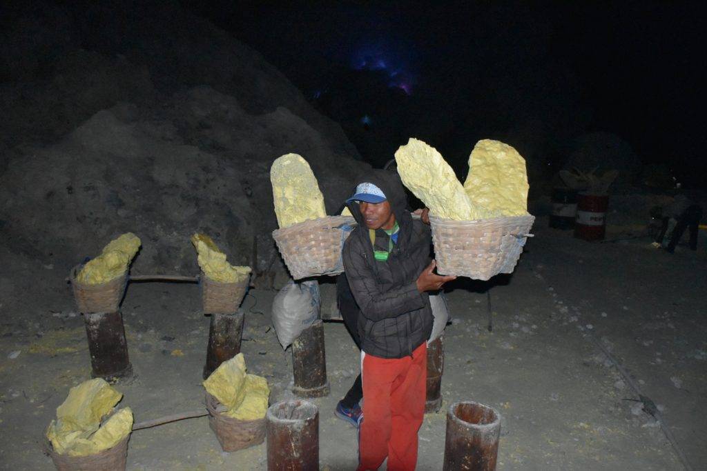 Shami kawah-ijen-indonesie-blog-voyage-2016-13