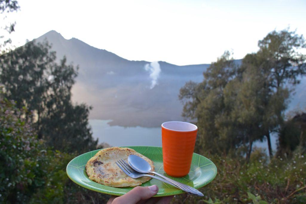 Petit-déjeuner trek-rinjani-lombok-indonesie-blog-voyage-2016-44