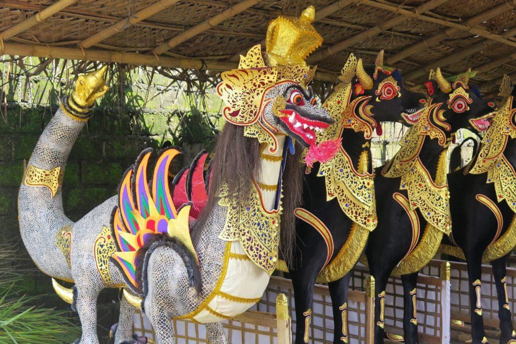 Statues crémation ubud-indonesie-blog-voyage-2016-23