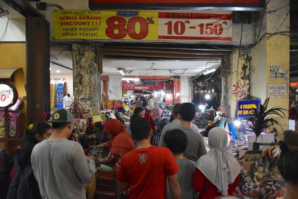 Maliaboro Ave yogyakarta-borobudur-prambanan-indonesie-blog-voyage-2016-2