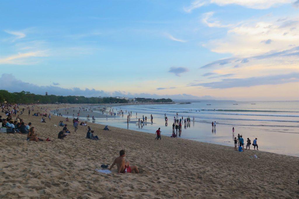 Kuta beach tanahlot-kuta-bali-indonesie-blog-voyage-2016-20