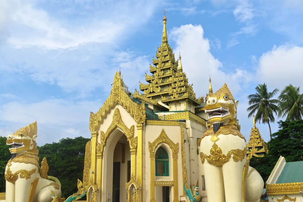 Entree Pagode Shwedagon Yangon-Myanmar-Birmanie-blog-voyage-2016 35
