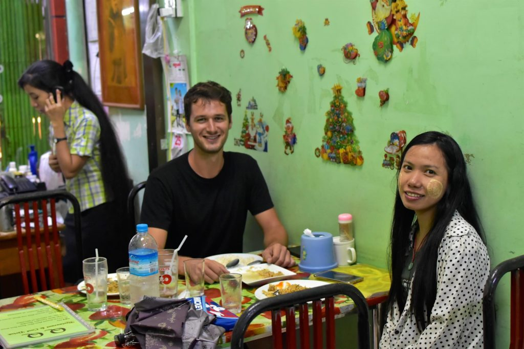 Diner May Yangon-Myanmar-Birmanie-blog-voyage-2016 67