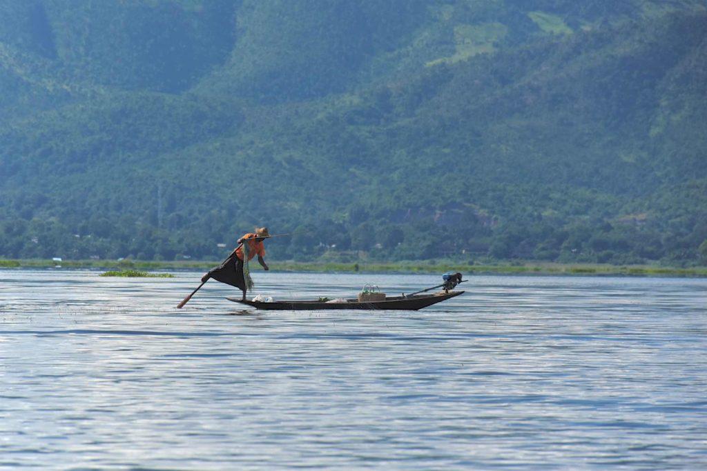 Pecheur filet Lac-Inle-Myanmar-blog-voyage-2016 10