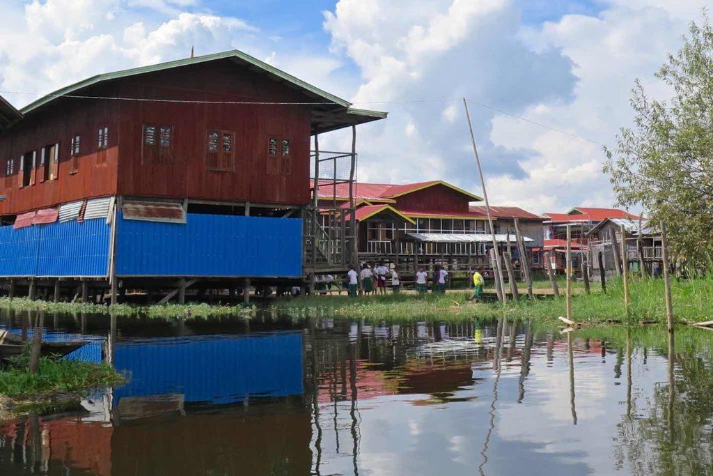 Ecole pilotis Lac-Inle-Myanmar-blog-voyage-2016 70