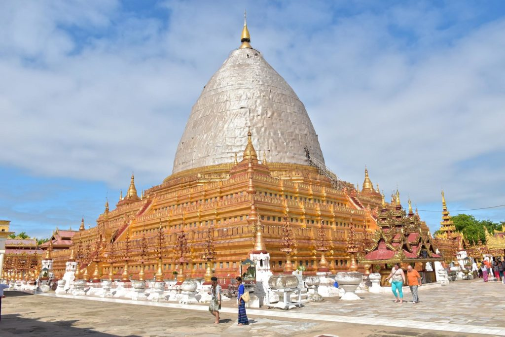 Pagode Shwezigon Decouverte-Bagan-Myanmar-Birmanie-blog-voyage-2016 10