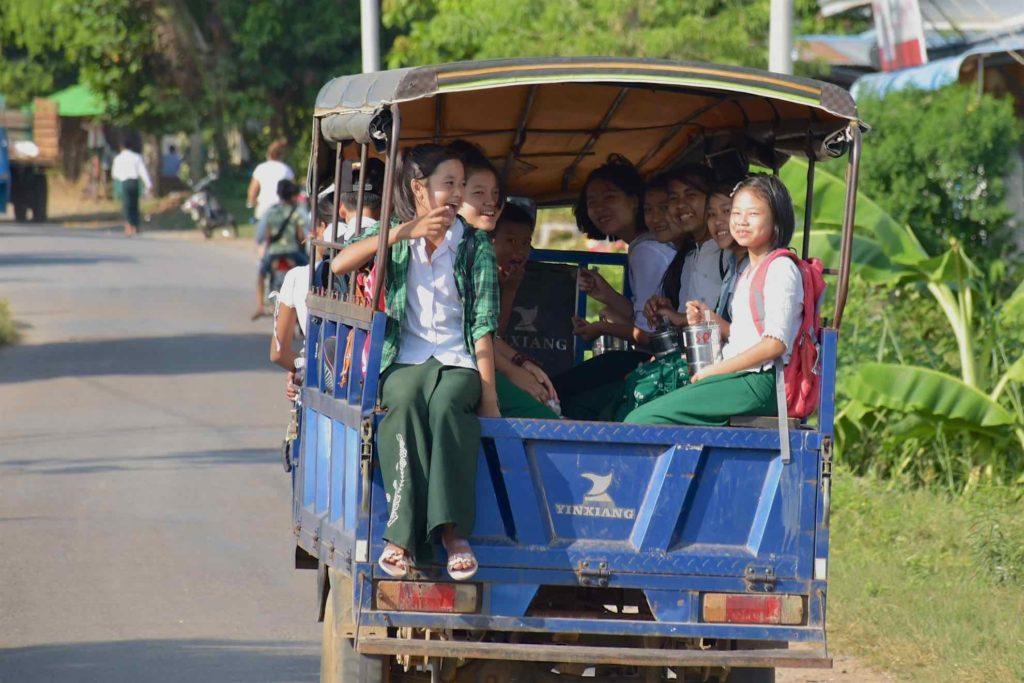 Ecolières Hsipaw Myanmar blog voyage 2016 19
