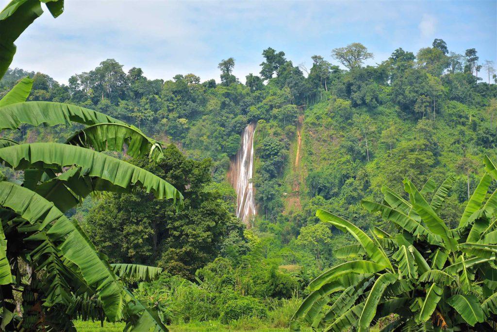 Cascade Nam Tuk Hsipaw Myanmar blog voyage 2016 36