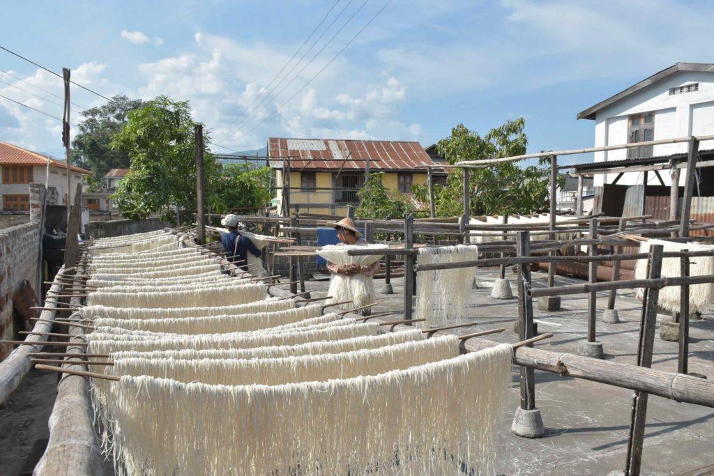 Fabrique Nouilles Hsipaw Myanmar blog voyage 2016 7