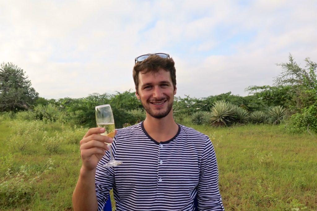 Champagne balloons Montgolfieres-Bagan-Myanmar-Birmanie-blog-voyage-2016 35