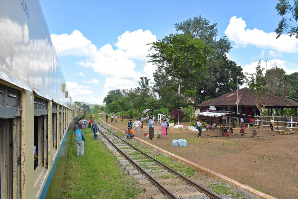 Arret photo Pyin-Oo-Lwin-Gohteik-Myanmar-blog-voyage-2016 12