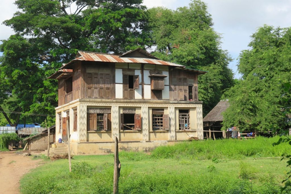 Maison birmane Mandalay-Inwa-Ubein-Myanmar-Birmanie-blog-voyage-2016 50